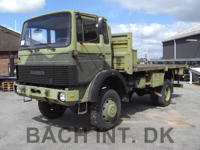 Magirus 168 4x4 M11, twin wheels
